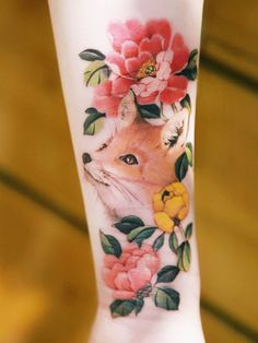 The Haunting Sketch Style Tattoos of Cutty Bage Tattoo Now, Arm Tattoo, Sleeve Tattoos, Samoan Tattoo, Polynesian Tattoos, Fox Tattoo Design, Tattoo Designs, Sexy Tattoos, Body Art Tattoos