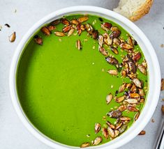 Go veggie, go green and go filling! This simple and vibrant soup is healthy, 3 of your 5-a-day and ready in 10 minutes