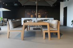 Low Dining Table, Dining Bench, Royal Design, Daybed, Garden Furniture, Teak, Conference Room, Lounge, Yard
