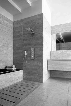 Treemme Rubinetterie vince il German Design Award - Premiato il system like the shower head and simply mix we with hand held devise Travertine Bathroom, Stone Bathroom, Modern Bathroom, Best Rain Shower Head, Shower Heads, Shower Head Reviews, Waterfall Shower, Shower Panels, Shower Floor