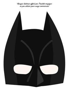 * tous les DIY * Archives - Page 4 of 21 - Poulette Magique Batman Party, Superhero Party, Silhouette Portrait, Silhouette Cameo, Halloween Masks, Baby Halloween, Photo Props, Photo Booth, Pet Shampoo