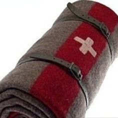 Original Swiss Army bed roll. This would be perfect to have on the bike.