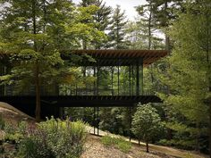 Ithaca Style Railing Glass House