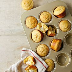 Williams-Sonoma Goldtouch® Nonstick Muffin Pan, from Williams Sonoma. Saved to Things I want as gifts. Gourmet Recipes, Bread Recipes, Diet Recipes, Mini Pains, Super Bowl Essen, Cornbread Muffins, Corn Muffins, Cheesy Cornbread, Tapas
