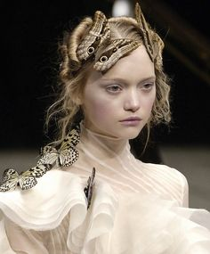 "- ""Savage Beauty"" by Alexander McQueen- V&A Museum, London ::: Gemma Ward a@ Alexander McQueen, ::: Couture Details, Fashion Details, Fashion Design, Alexander Mcqueen, Christian Dior, Fashion Models, High Fashion, Gemma Ward, Mode Lookbook"