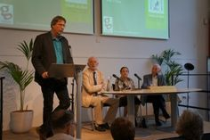 Bert Jan Flim met Henk Kluvers, Harry Cohen en Sieny Cohen