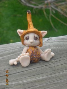 OOAK art doll by Woodlandkreatures Polymer Clay Fairy, Cute Polymer Clay, Polymer Clay Figures, Polymer Clay Dolls, Polymer Clay Projects, Polymer Clay Creations, Clay Fairies, Clay Figurine, Clay Animals