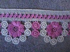 Çiçekli havlu kenarı modeli