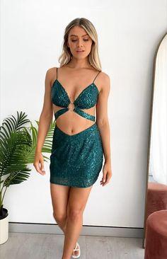 Day Dresses, Girls Dresses, Cute Little Girl Dresses, Korean Girl Fashion, Silk Mini Dress, Looks Chic, Hot Dress, Skirt Fashion, Green Dress