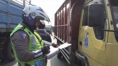 Terjaring Razia, Puluhan Kendaraan Disidang di Tempat