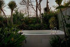 love an outdoor bath