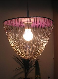 Paper Clip chandelier Paperclip Crafts, Diy Lamps, Washers, Paper Clip, Hacks Diy, Suncatchers, Wind Chimes, Lamp Shades, Mobiles