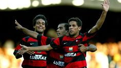 Campeões pelo Fla em 2004 Jean e Júnior Baiano viram ''rivais'' em duelo