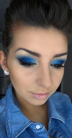 Navy blue https://www.makeupbee.com/look.php?look_id=84327