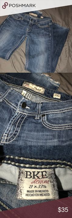 BKE Payton bootcut jeans 27L In great condition, they have slight distressing on the bottom of one of the legs but nothing major. They are amazing quality, just a bit too big on me. Hope someone else may enjoy them :) BKE Jeans Boot Cut
