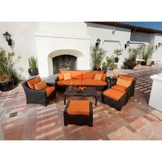 This stunning outdoor patio furniture set from RST Outdoor will transform your patio into a relaxing environment. The set includes two club chairs, a sectional sofa, and a coffee table, so you can create a beautiful space for gatherings.