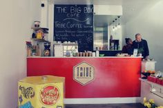 The Big Box is an exciting new (June board games café in the Cape Town city centre. Here folks can play games like Monopoly, Cluedo, Backgammon, as well as nibble on light foods and drink hot beverages like coffee and tea. Board Game Cafe, Board Games, Activities In Cape Town, Stuff To Do, Things To Do, Highlights Kids, Student Portal, Indoor Playground, When It Rains