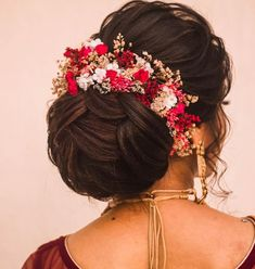 South Indian Bridal Hairstyles… wedding and engagement hairstyles 2019 wedding and engagement hairstyles South Indian Bridal Hairstyles… wedding engagement hairstyles 2019 – wedding and engagement hairstyles 2019 South Indian Wedding Hairstyles, Bridal Hairstyle Indian Wedding, Bridal Hair Buns, Bridal Hairdo, Hairdo Wedding, Indian Bridal Makeup, Bridal Makeup Looks, Bridal Hair And Makeup, Indian Hairstyles