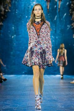 Mary Katrantzou Spring 2016 Collection