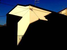 Via Superiore. Geometrie e ombre di Massimo Macola