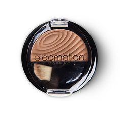 A linha de Pó Blush Bioemotion Make Up conta com 5 incríveis cores que revitalizam a fisionomia e realçam o seu rosto! Ideais para qualquer tonalidade de pele, os Blushes Bioemotion Make Up são perfeitos para compor todos os tipos de looks, seja para o dia ou para a noite!