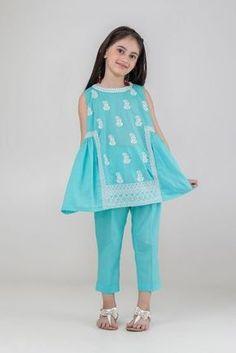 Dress Designs For Girls, Baby Girl Dress Design, Girls Frock Design, Kids Frocks Design, Baby Frocks Designs, Sleeves Designs For Dresses, Girls Dresses Sewing, Stylish Dresses For Girls, Dresses Kids Girl