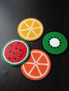 Posavasos de fruites fets amb Hama Beads