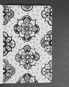 lauren-salgado:  ….More flowers. Done with microns in my little red moleskine. :)