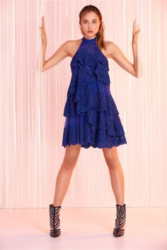 Tony Ward Ready-to-Wear Spring/Summer 2020 Collection Source Dresses Short, Emo Dresses, Unique Dresses, Party Dresses, High Fashion Outfits, Fashion Dresses, Emo Outfits, Lolita Fashion, Punk Fashion