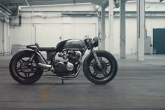 Playing Hookie: Nico Mueller's killer CB750 via @bikeexif