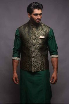 green cotton kurta with zari silk jacket as a summer wedding attire - Prom Dresses Design Indian Wedding Clothes For Men, Wedding Kurta For Men, Summer Wedding Attire, Wedding Dress Men, Wedding Outfits, Mens Indian Wear, Indian Groom Wear, Indian Men Fashion, Mens Fashion Suits