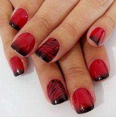 Unhas Vermelho com preto.