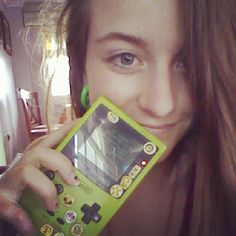 eirenvonmir Just wanted to play with my old #gameboycolor #today #green #gameboy #color #game #gamer #girl #blueeyes #blonde #blue #eyes #smile #pokemon #pokemonyellow