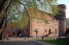 Spandau (Berlin), Gotisches Haus (Palas) und Juliusturm der Zitadelle Spandau