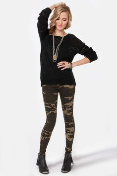Check it out from Lulus.com! With the military trend marching in right now, it's the perfect time to grab a pair of the Thrill Sergeant Camo Print Jeggings and join the ranks! These stretchy twill leggings have a warm, medium-weight knit decked out in army green camouflage print. Real back pockets, faux front pockets, and elastic waistband. Unlined. Model is wearing a size small. 100% Cotton. Hand Wash Cold. Imported.