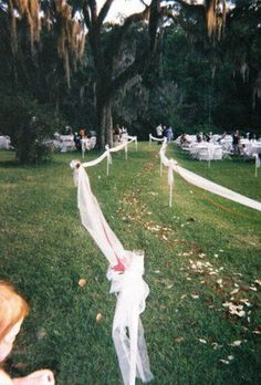 awesome 99 Sweet Ideas for Romantic Backyard Outdoor Weddings http://www.99architecture.com/2017/02/21/99-sweet-ideas-romantic-backyard-outdoor-weddings/