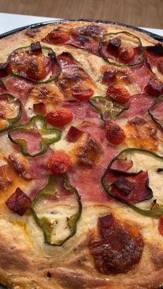 Βασίλης Καλλίδης: Παστίτσιο α λα πίτσα! Vegetable Pizza, Pasta, Vegetables, Food, Essen, Vegetable Recipes, Meals, Yemek, Veggies