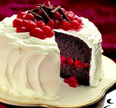 blackforest... going to be my mom's birthday cake! :D