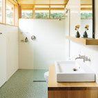 Hey! Small Light-filled Bathroom.