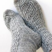 Ravelry: Soulmates pattern by Niina Laitinen