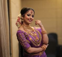 Wedding Photoshoot, Wedding Pics, Wedding Bells, Kerala Hindu Bride, South Indian Wedding Hairstyles, Christian Bride, Wedding Saree Collection, Indian Flowers, Bride Poses