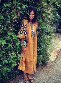 sneakers and pearls, linen kaftan, street style, trending now.jpg