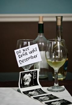 5 brilliant (and easy) pregnancy announcements for New Year's! #pregnancyannouncementtokids,