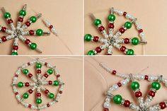 Beaded Christmas Decorations, Christmas Ornament Crafts, Christmas Ornaments To Make, Beaded Ornaments, Hanging Ornaments, Diy Ornaments, Homemade Christmas, Christmas Diy, Holiday