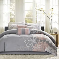Madison Park Lola 7 Piece Print Comforter Set, Queen, Grey/Purple: Lola is the perfect solution to an updated, modern print look. This comforter collection features an overscaled floral print design printed on cotton fabric for a super soft hand feel. Grey Comforter Sets, Floral Comforter, Duvet Bedding Sets, King Comforter, Bedroom Comforters, Purple Bedding, Queen Bedding, Bedspreads, Lavender Comforter