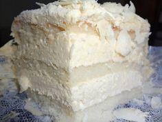 Receita de Bolo Mousse de Leite Ninho – Um bolo delicioso! Esta receita te mostra como facilmente fazer a massa, a cobertura e o recheio. Quem gostou dá um UP!!! http://cakepot.com.br/bolo-mousse-de-leite-ninho-2/