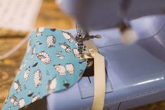 Snadný návod na spací masku krok po kroku. Ideální tip na vánoční dárek! :)