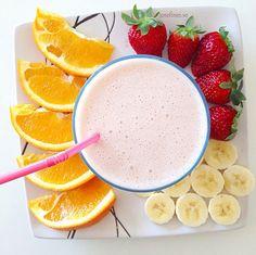 I love a healthy drink for breakfast! 1 orange +  1 banana + some strawberries = fantastic