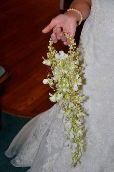 Cuff Bouquet - Photo by Sharon McGukin, AAF, AIFD, PFCI by Flower Factor, via Flickr