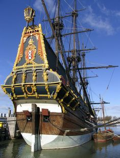 De Batavia, a 1995 replica in Lelystad, Netherlands - The Batavia was originally built in 1628 in Amsterdam by order of the VOC, the Dutch United East India Company. On the maiden voyage, it sailed farther than it would have and it was wrecked on a reef off the Australian westcoast.